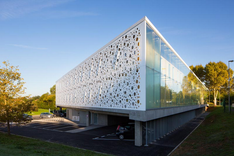 Office building architecture: Top things to consider